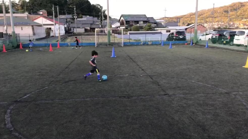 ストレスの無いしなやかなボール扱いができるようにトレーニングしました!