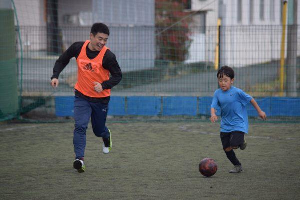 127136932 3503057119773869 1350803715150354301 o 600x400 - 一緒にプレーしながらアドバイスも出来たり、親子でボールを通じてのコミュニケーションもとれます!